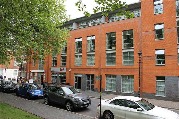 2 Bedrooms Apartment Flat for rent in Miller 61, St Pauls Square, Birmingham
