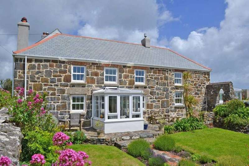 3 Bedrooms Detached House for sale in Predannack, Mullion, Lizard Peninsula, South Cornwall, TR12