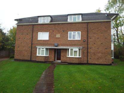 House for sale in Hatchford Court, Solihull, West Midlands