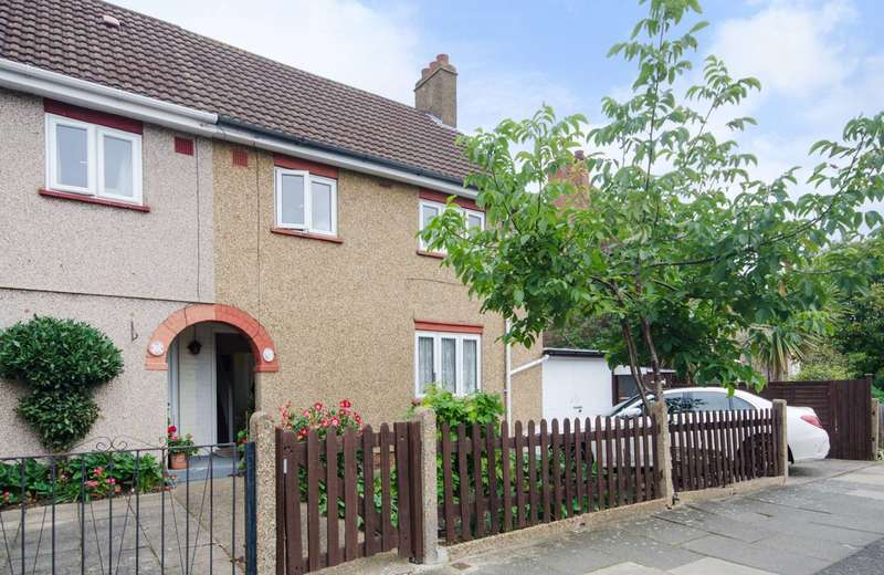 3 Bedrooms House for sale in Crowther Avenue, Brentford, TW8