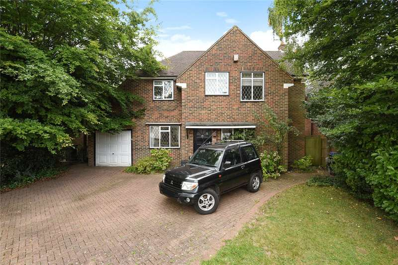 3 Bedrooms Detached House for sale in Birchdale, Gerrards Cross, Buckinghamshire, SL9