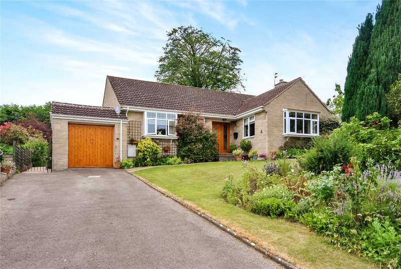 3 Bedrooms Bungalow for sale in Rectory Gardens, Combe St. Nicholas, Chard, Somerset, TA20