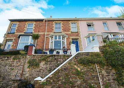 3 Bedrooms Terraced House for sale in Dartmouth, Devon, .