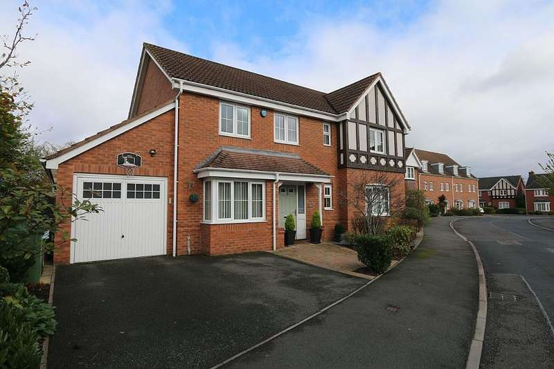 4 Bedrooms Detached House for sale in Yeomans Close, Astwood Bank, Redditch, Worcestershire, B96 6ET