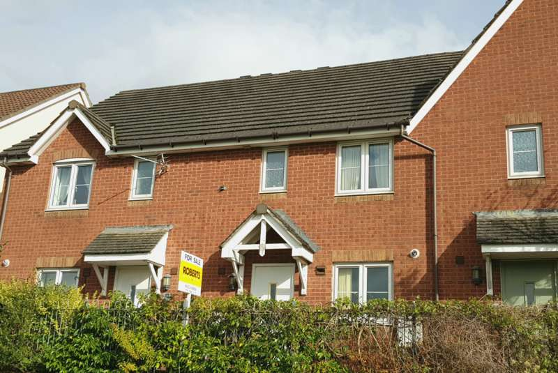 3 Bedrooms Terraced House for sale in High Trees, Risca, Newport, NP11
