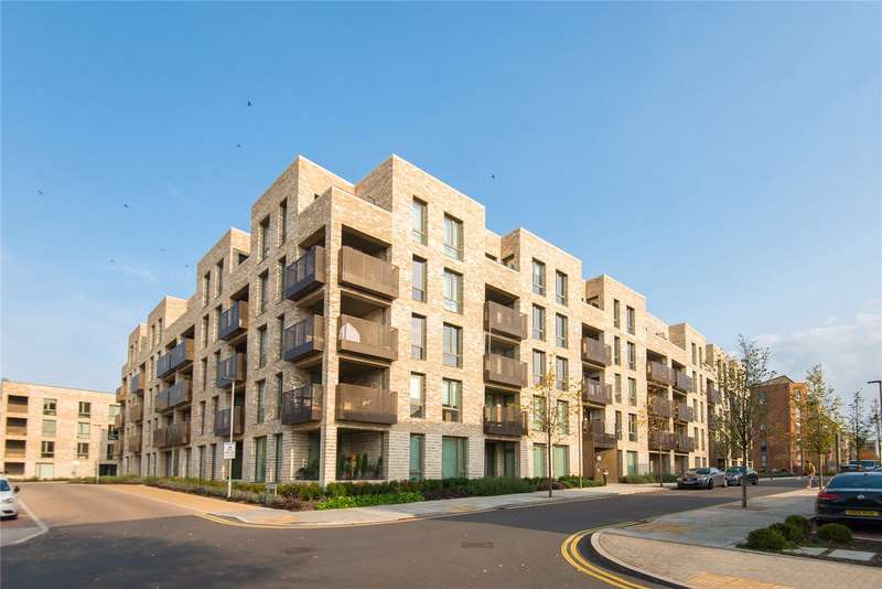 1 Bedroom Flat for sale in Lacey Drive, Edgware, HA8