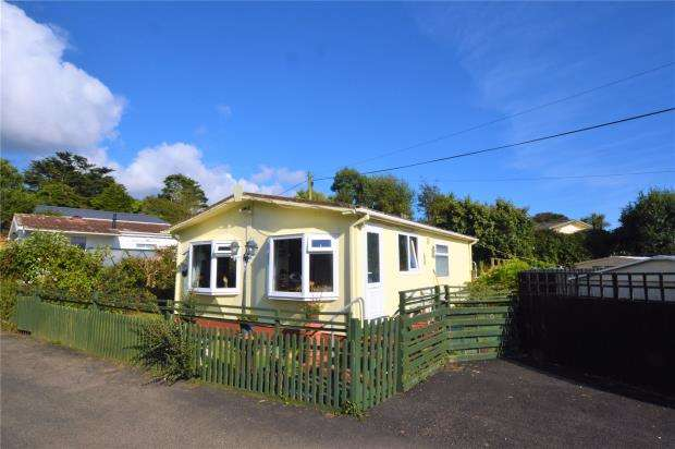 2 Bedrooms Detached Bungalow for sale in Two Chimneys Caravan Park, Praa Sands, Penzance, Cornwall