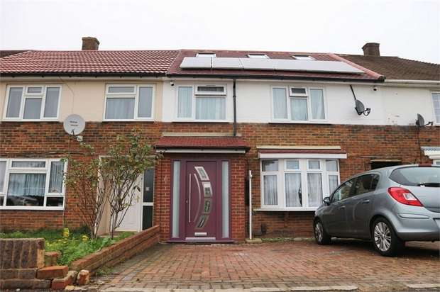 4 Bedrooms Terraced House for sale in Long Furlong Drive, Slough, Berkshire