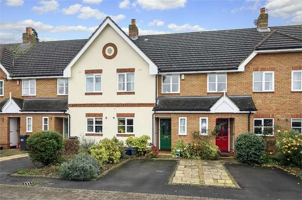 3 Bedrooms Terraced House for sale in Davies Walk, Isleworth, Middlesex