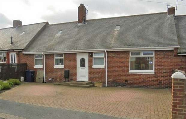 3 Bedrooms Terraced Bungalow for sale in Trent Street, Easington Lane, Houghton le Spring, Tyne and Wear
