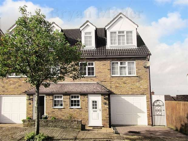 4 Bedrooms Town House for sale in Hillside Avenue, Wembley Park