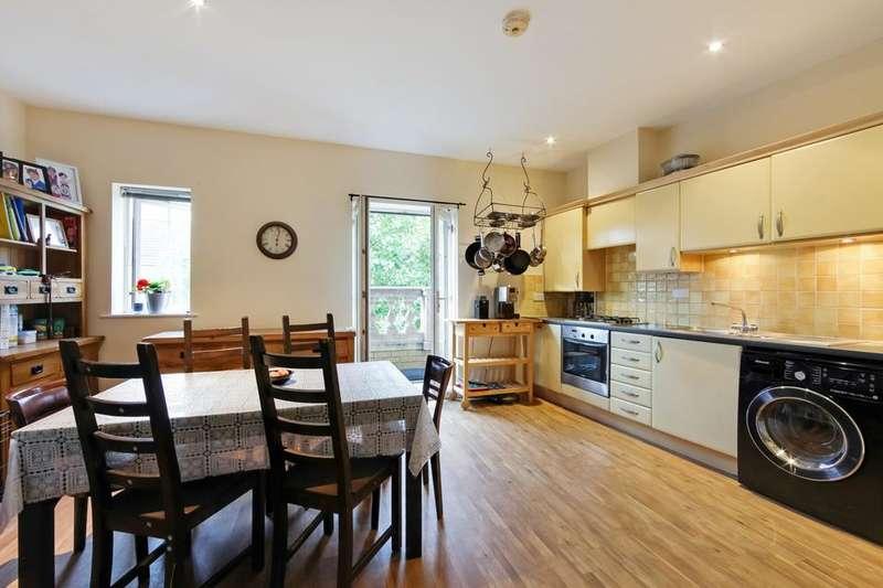 2 Bedrooms Flat for sale in Kelly Avenue, London SE15