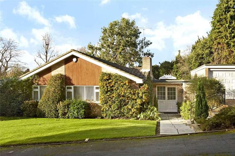 4 Bedrooms Detached Bungalow for sale in Birchfield Grove, Epsom, Surrey, KT17