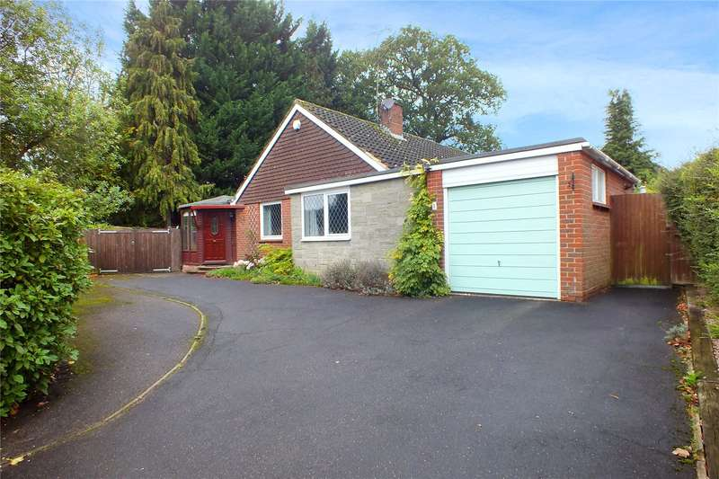 3 Bedrooms Detached Bungalow for sale in Hartford Road, Hartley Wintney, Hook, RG27