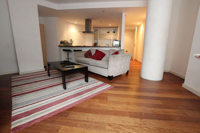 2 Bedrooms Apartment Flat for sale in Old Hall Street, Liverpool, L3