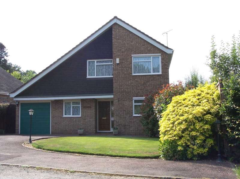 4 Bedrooms Detached House for rent in OTTERSHAW