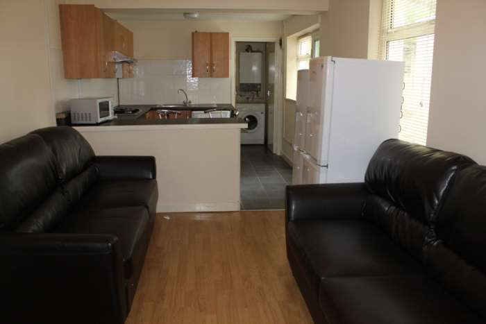 6 Bedrooms House for rent in Cathays Terrace, Cathays, Cardiff, CF24 4HT
