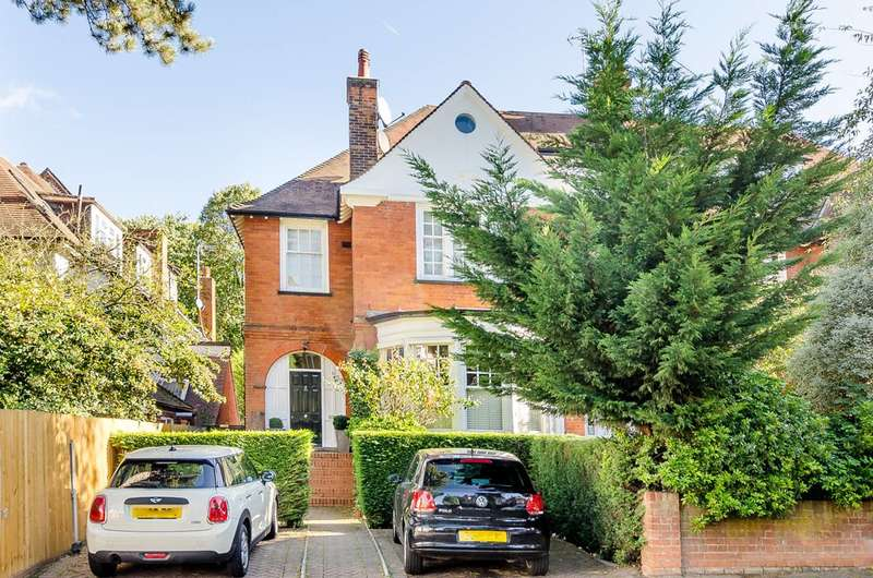 3 Bedrooms Flat for sale in Ferncroft Avenue, Hampstead, NW3