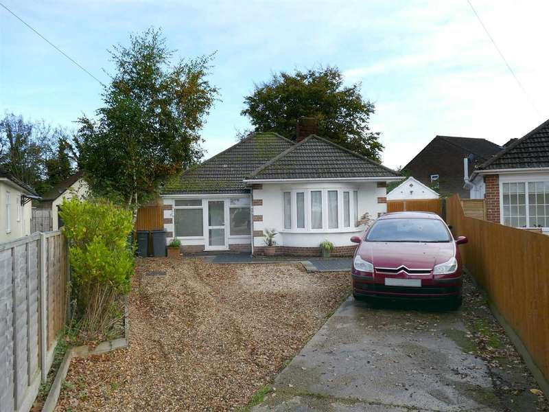 2 Bedrooms Bungalow for sale in GOOD SIZED PLOT IN A QUIET CUL-DE-SAC LOCATION