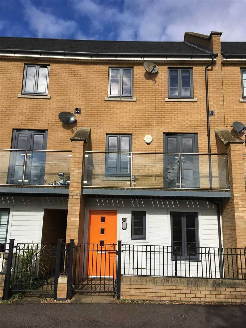 3 Bedrooms Terraced House for sale in Spring Avenue, Hampton Vale, Hampton