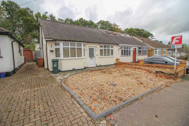 4 Bedrooms Semi Detached Bungalow for sale in St Georges Drive, Carpenders Park