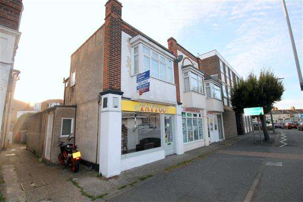 1 Bedroom Apartment Flat for sale in Carnarvon Road, East Clacton