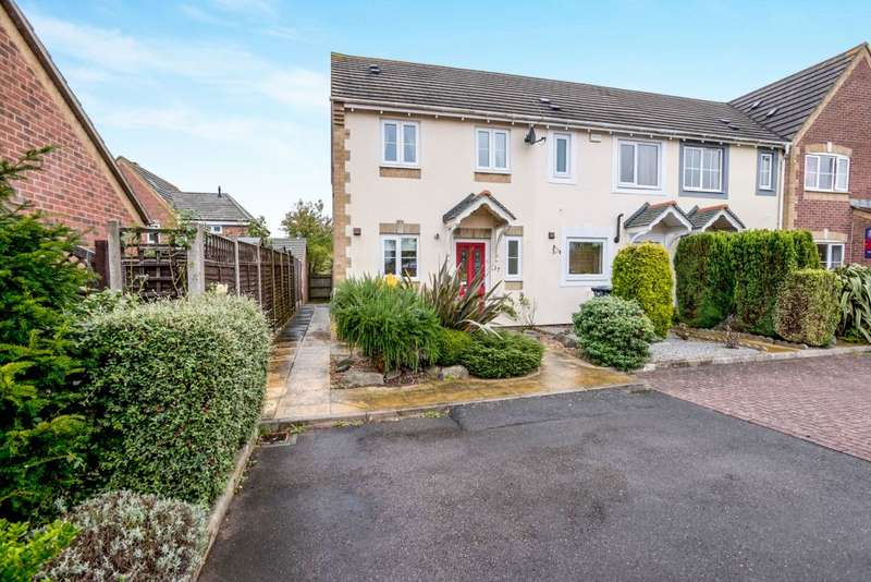 2 Bedrooms Terraced House for sale in Camelia Close, Havant, Hampshire PO9 2FQ