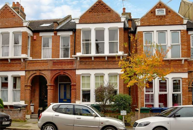 3 Bedrooms Flat for sale in Park Hall Road, London