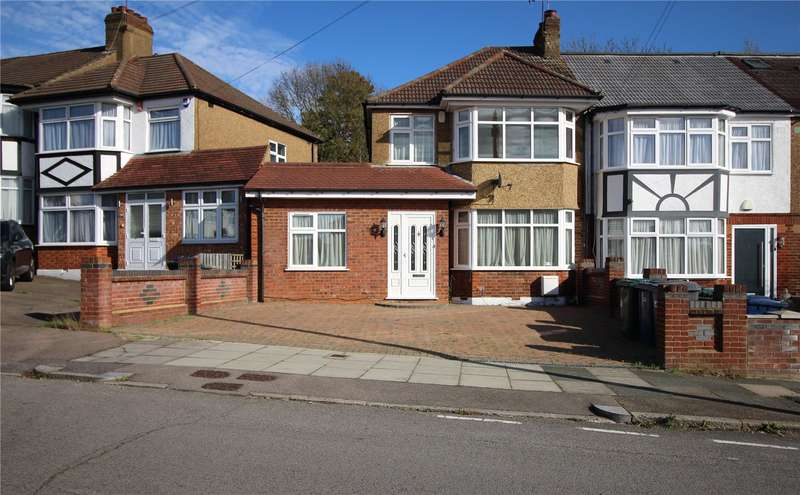 3 Bedrooms Semi Detached House for sale in Daneland, Barnet, Hertfordshire, EN4