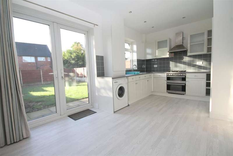 3 Bedrooms Semi Detached House for sale in Crescent Avenue, Farnworth, Bolton, BL4 9NH