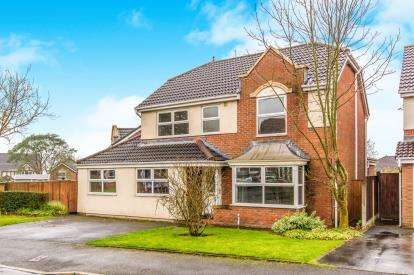 4 Bedrooms Detached House for sale in Fewston Close, Sharples, Bolton, Greater Manchester, BL1