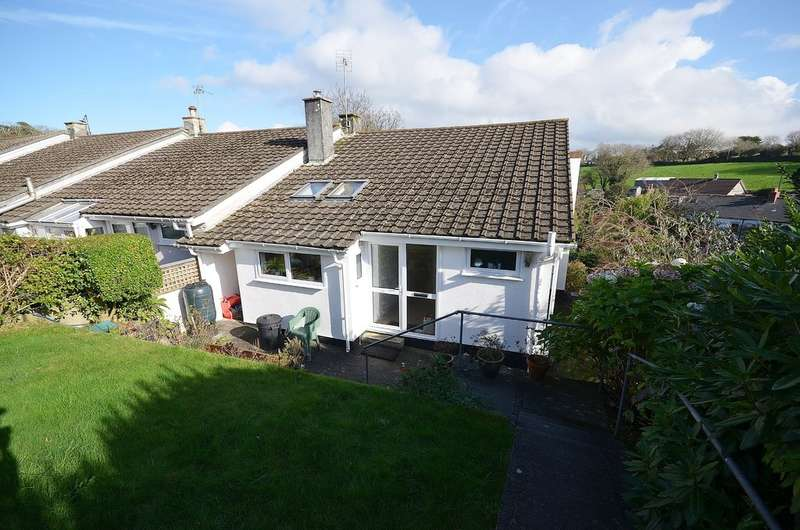 4 Bedrooms Semi Detached House for sale in 21 Castle Meadows