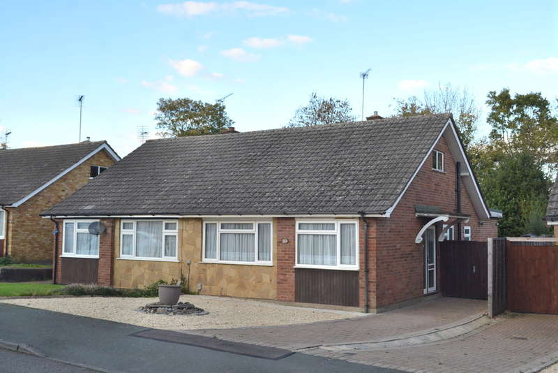 2 Bedrooms Semi Detached Bungalow for sale in The Glebe, Garston