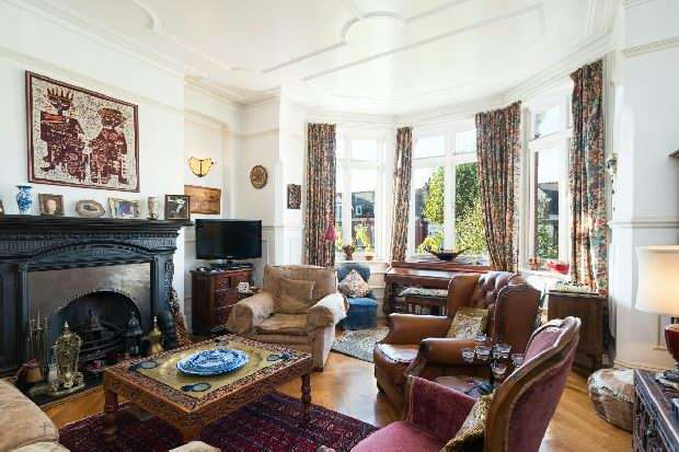 4 Bedrooms Flat for sale in Alexandra Mansions, Chichele Road, Mapesbury, NW2