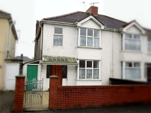 3 Bedrooms Semi Detached House for sale in Brettenham Street, Llanelli, Carmarthenshire