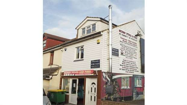 1 Bedroom Flat for sale in 43a Skinner Street, Gillingham, Kent