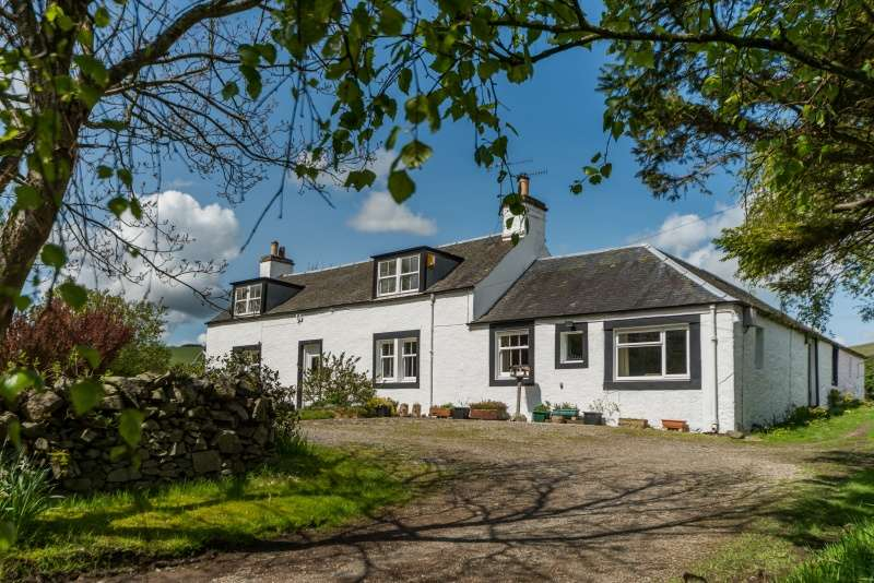 4 Bedrooms Cottage House for sale in Glenholm, Broughton, By Biggar, Peeblesshire, ML12 6JF