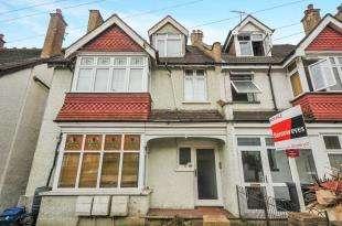 2 Bedrooms Flat for sale in Blenheim Park Road, South Croydon