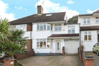 5 Bedrooms Semi Detached House for sale in Brownspring Drive, London