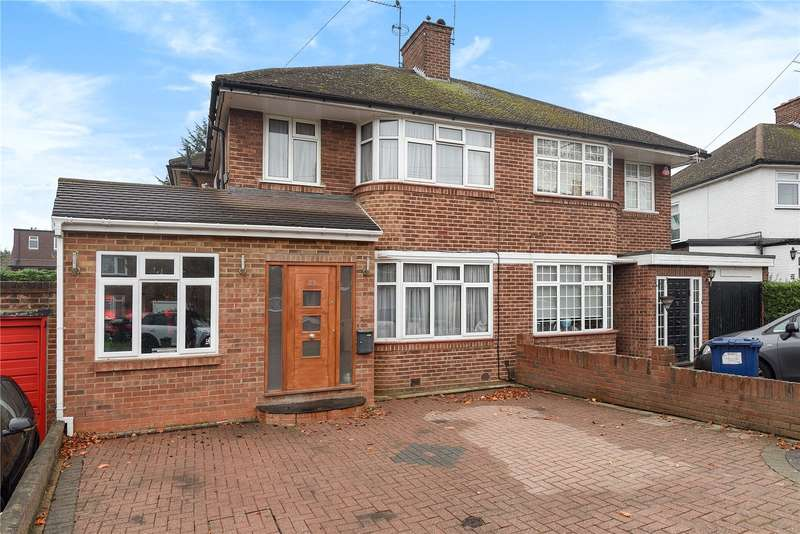 4 Bedrooms Semi Detached House for sale in Bullescroft Road, Edgware, Middlesex, HA8