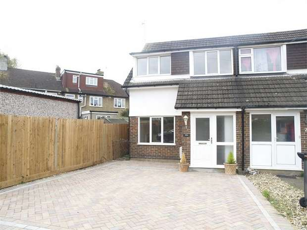3 Bedrooms Semi Detached House for sale in Dirdene Grove, Epsom