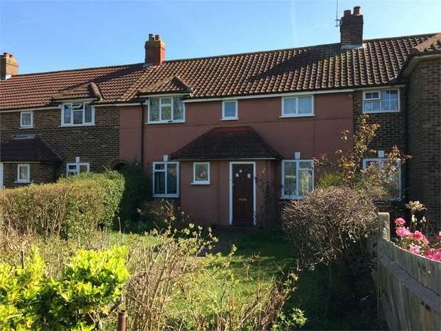 3 Bedrooms Terraced House for sale in Holman Road, West Ewell