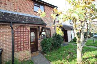 2 Bedrooms Terraced House for sale in Highfield Lane, Oving, Chichester, West Sussex