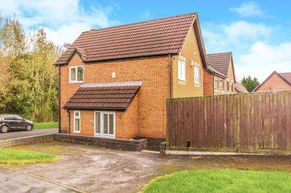 3 Bedrooms Detached House for sale in Herons Way, Bolton, Greater Manchester, BL2