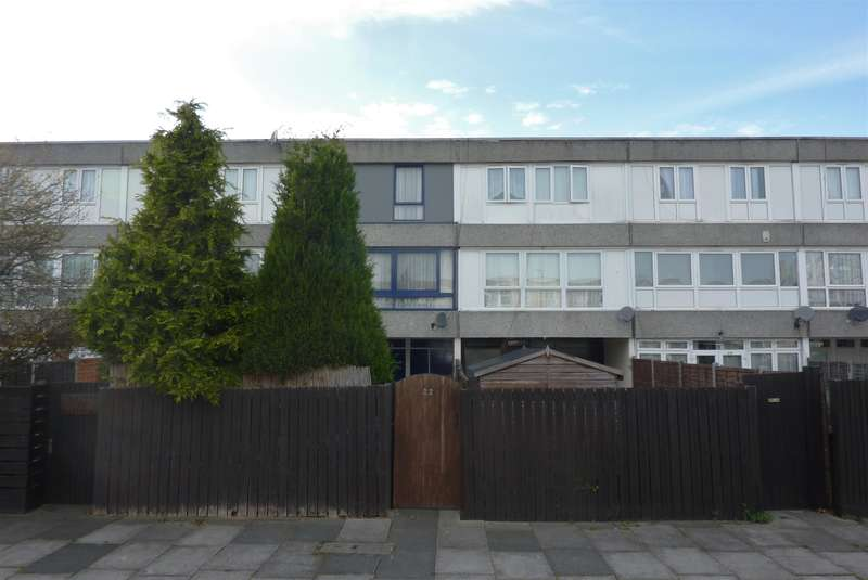 4 Bedrooms Terraced House for sale in Mangold Way, Erith, Kent, DA18 4DE