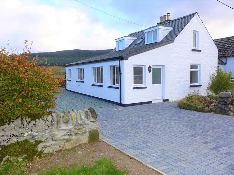 3 Bedrooms Cottage House for sale in Bridgend Cottage Kilmichael, Lochgilphead, PA31 8QA