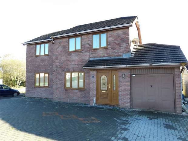 5 Bedrooms Detached House for sale in Clos Plas Isaf, Llangennech, Llanelli, Carmarthenshire