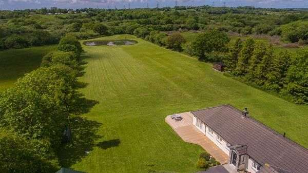 5 Bedrooms Detached Bungalow for sale in Rose Park, Langdon Lane, Kilgetty, Pembrokeshire