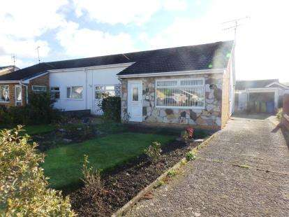 3 Bedrooms Bungalow for sale in Durham Drive, Prestatyn, Denbighshire, LL19