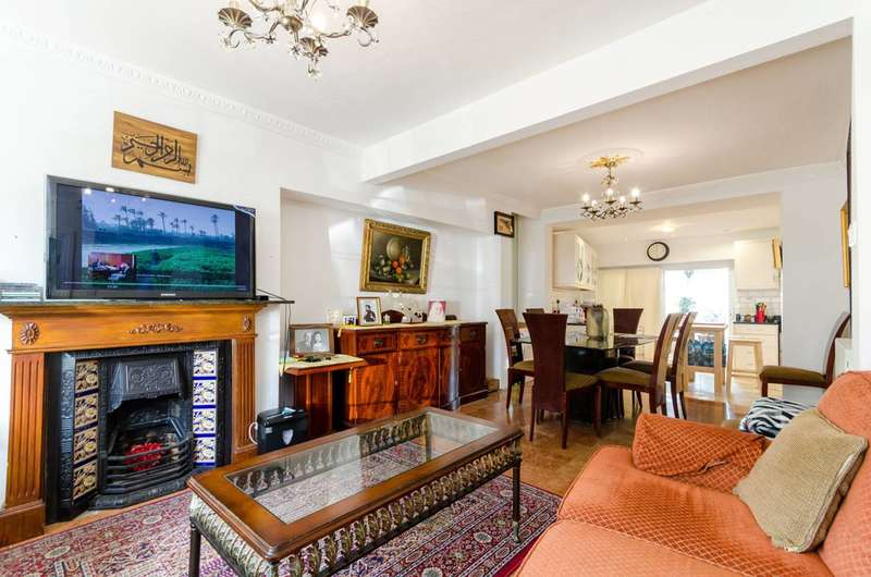 4 Bedrooms End Of Terrace House for sale in Barnfield Avenue, North Kingston, KT2